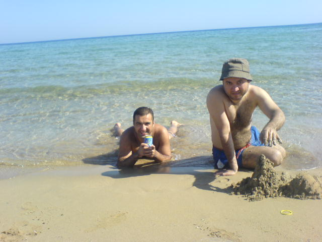 hbilgen_at_cyprus_beaches.JPG