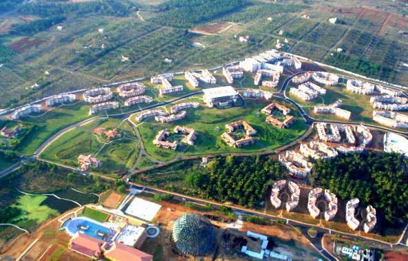 Aerial_View_Infosys_Mysore_Campus.png