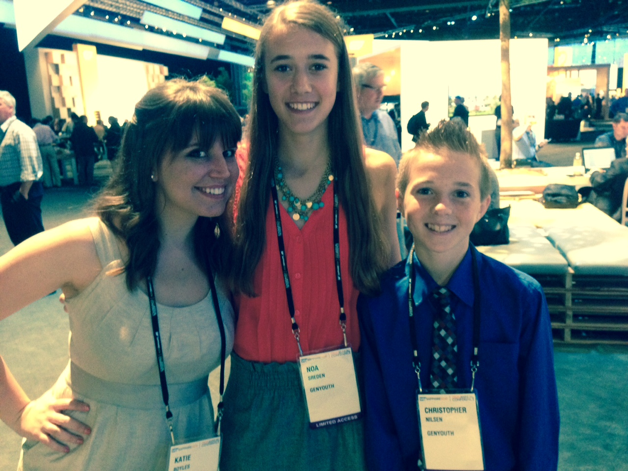 Teenage-reporters-from-the-GENYOUth-foundation-interviewed-SAP-executives-and-influencers-at-SAPPHIRE-NOW.jpg
