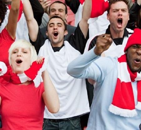 spectators-Cheer