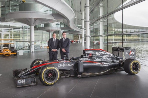 Peter-Sweetbaum-CEO-IT-Lab-and-Craig-Charlton-CIO-for-McLaren-Technology-Group-590x393.jpg