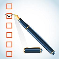 checklist_with_pen_