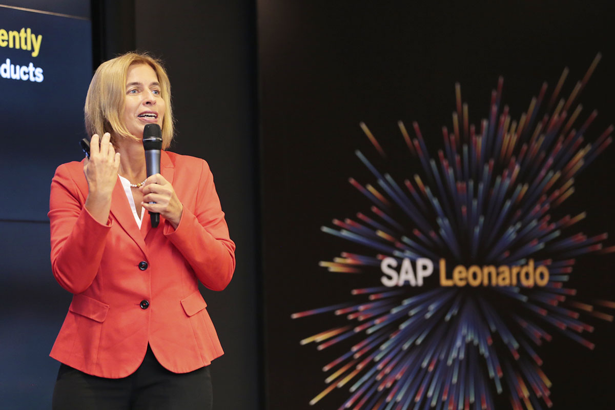 SAP-Leonardo-Live-Design-Thinking-Sam-Yen-08-02-2017-D.jpg
